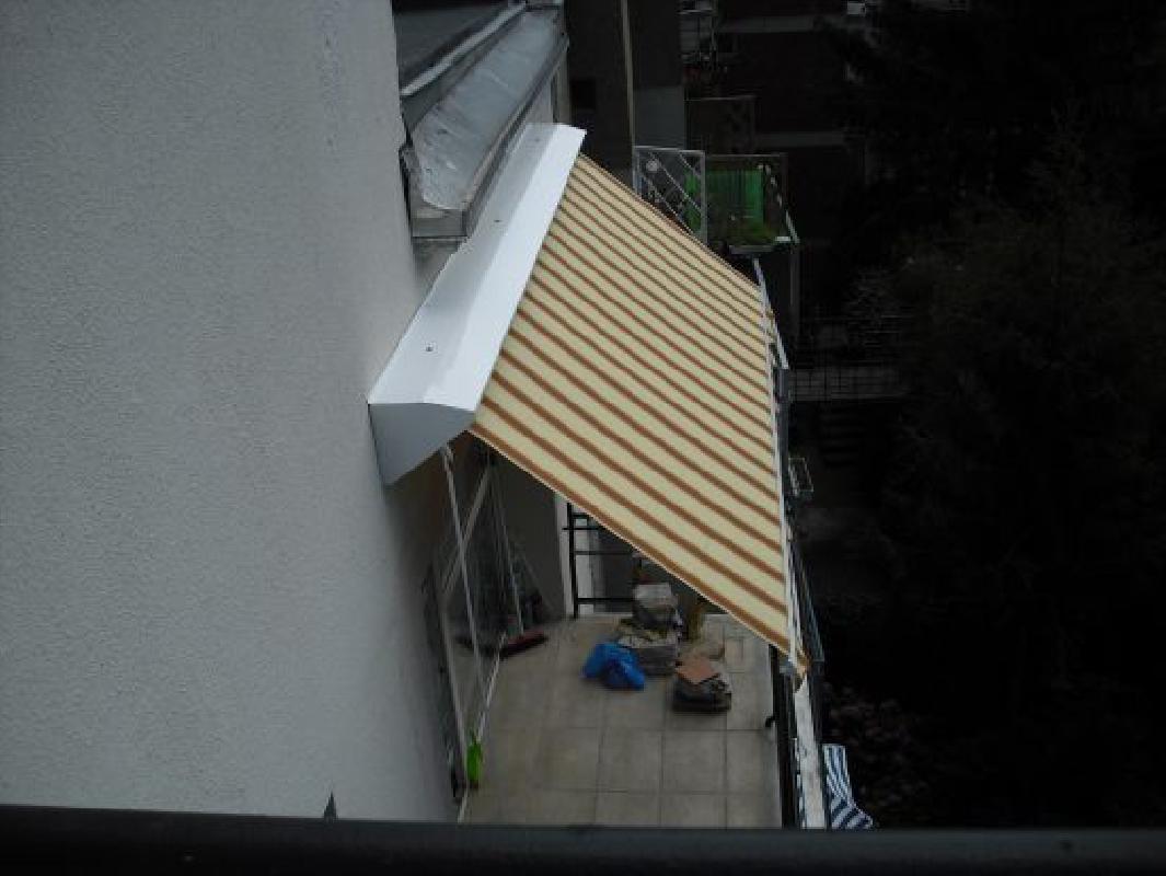 Napellenző - Panel erkély napellenző - Napellenző javítás Budapest